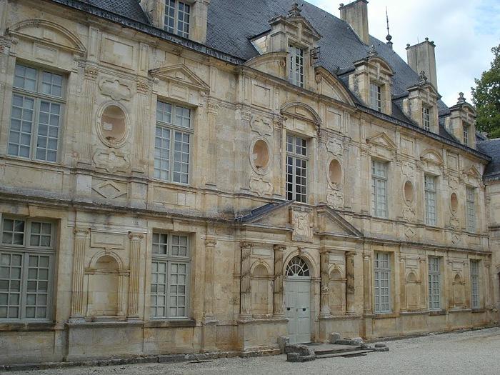 Замок Бюсси-Рабютен - Шато де Бюсси-ле-Гран 10482