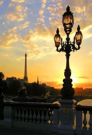 Оригинал - Схема вышивки Париж
