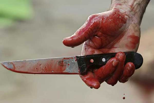руки в крови (600x400, 17Kb)