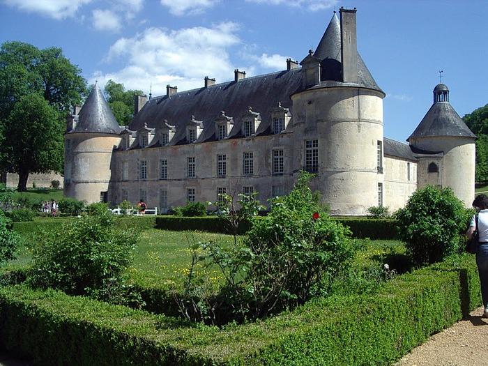 Замок Бюсси-Рабютен - Шато де Бюсси-ле-Гран 71142