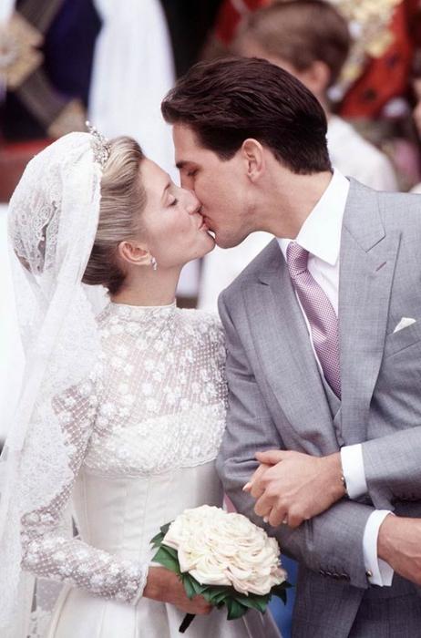 http://img1.liveinternet.ru/images/attach/c/2/74/256/74256231_3518263_Weddings_14.jpg