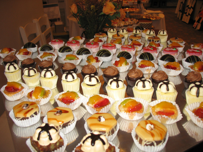 pastries (700x525, 168Kb)