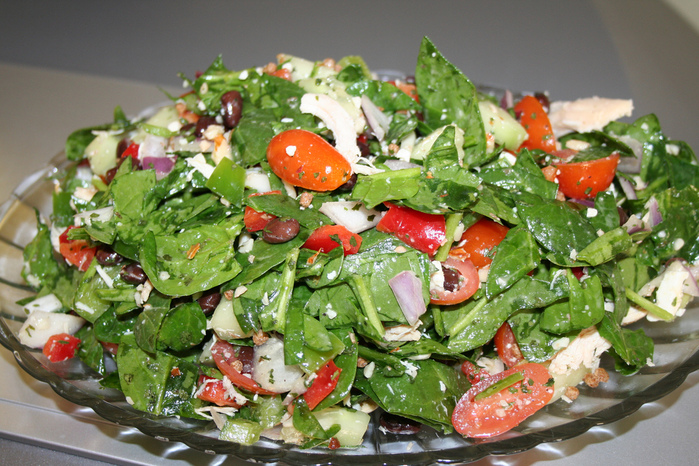 4278666_374925080_b7e2efbe20_My_Diet_Meal__quotSpinach_N_Black_Bean_SaladMade_in_10_mins_L (700x466, 247Kb)