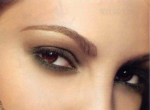 Варианты макияжа для карих глаз почти неограниченны.  Удача девушек с карими глазами заключается в том, что они могут...