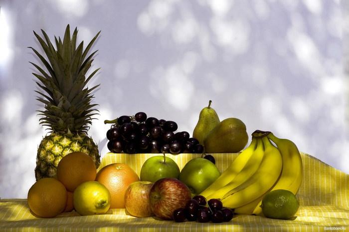 Красивые обои фрукты для рабочего стола