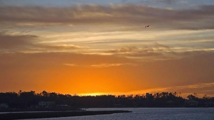 Прекрасный закат солнца 9