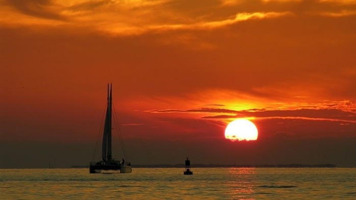 Прекрасный закат солнца 13