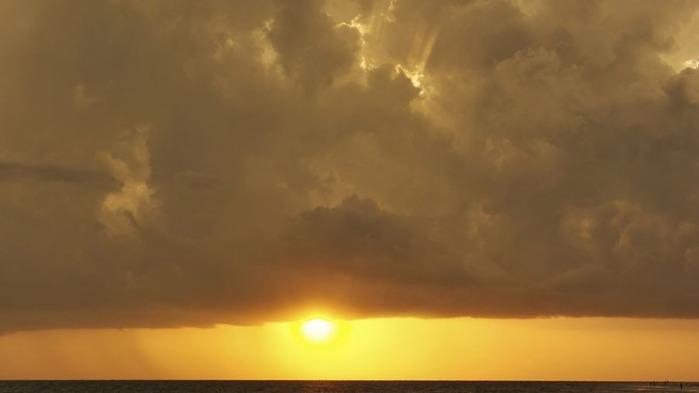 Прекрасный закат солнца 23