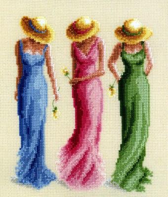 """В продолжение темы  """"Дамы в кринолине """" - небольшая подборка для вышивки крестом (можно использовать для вязания)."""