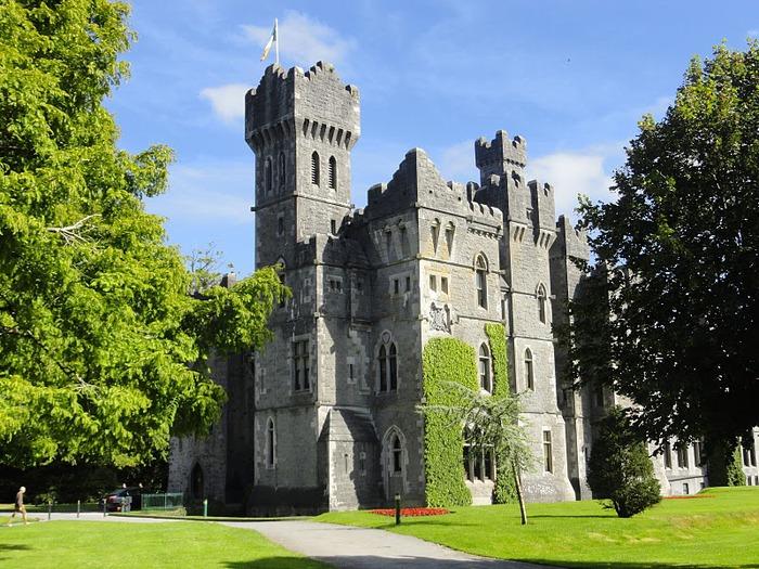 Замок Эшфорд (Ashford Castle) 68357
