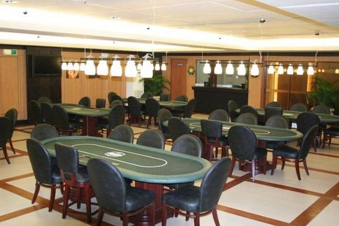 Красивый интерьер казино 27