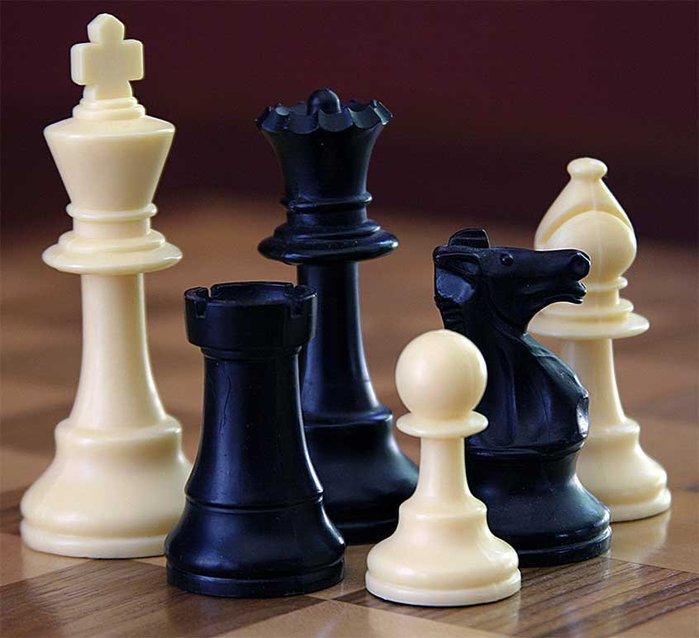 ChessSet (700x638, 60Kb)
