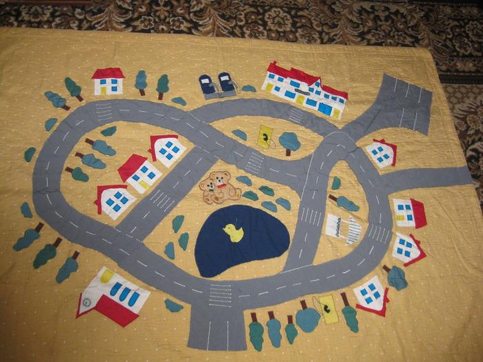 Удобный коврик для игр в детской