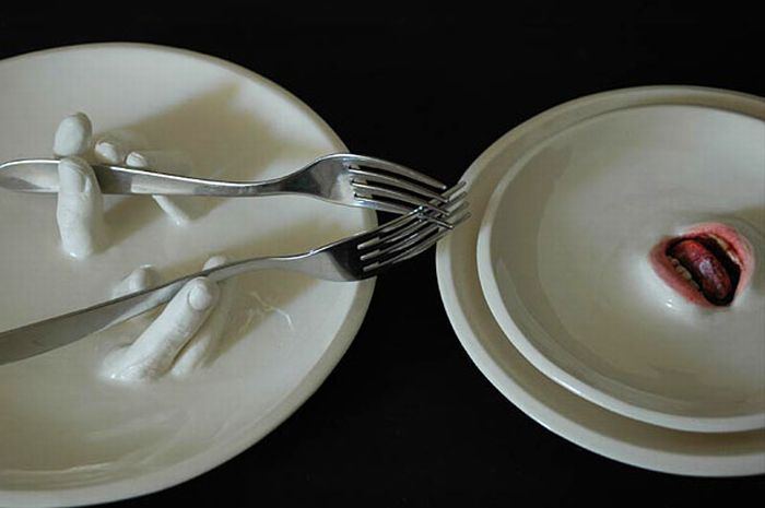 creepy_tableware_01 (700x465, 33Kb)