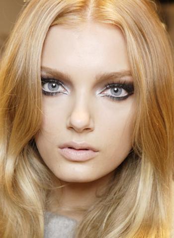 Бледная кожа и серые глаза макияж