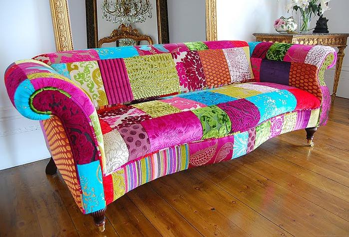 Шикарная француженка трахается на диване 16 фотография