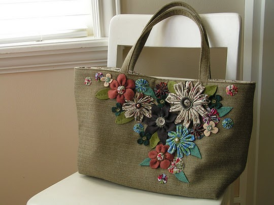 she-wears-flowers-bag (540x405, 55Kb)