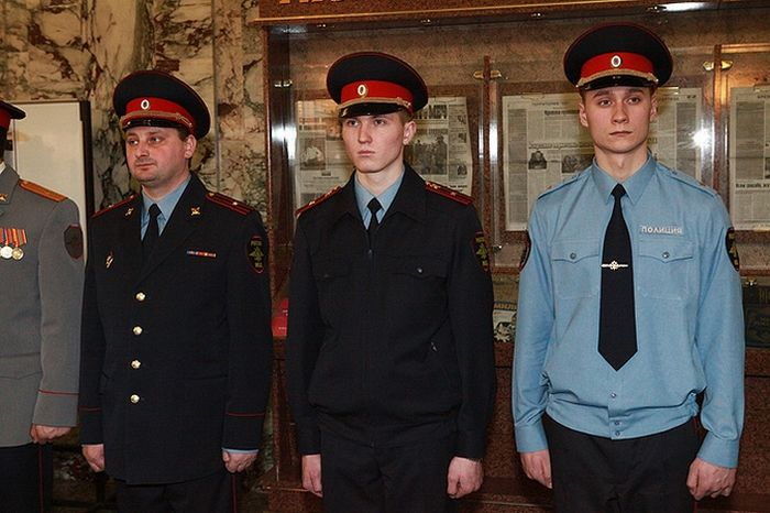 Новая форма российских полицейских (фото) 6 (700x466, 61Kb)