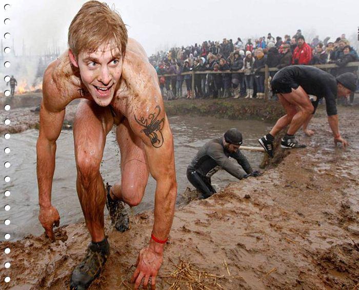 Соревнования Крутой парень в Англии 2012 (фото)