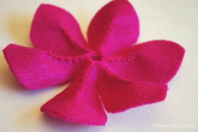 Как из фетра сделать цветок.Камелию