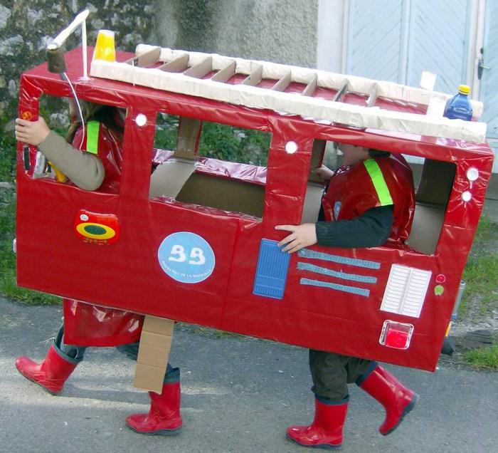 Что Вам нужно для поделки.  Детские поделки к 23 февраля - Пожарное авто, папа пожарник (подарок к дню отца) .