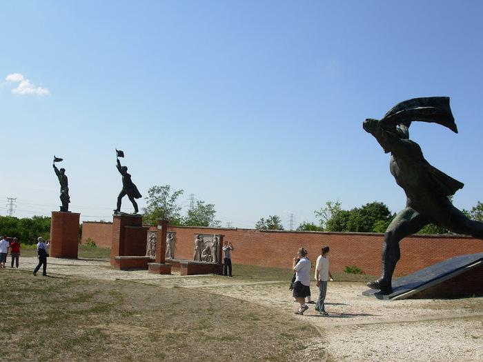 Памятники советского прошлого в Будапеште - Szoborpark 17273