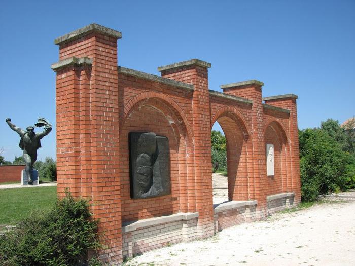 Памятники советского прошлого в Будапеште - Szoborpark 42233