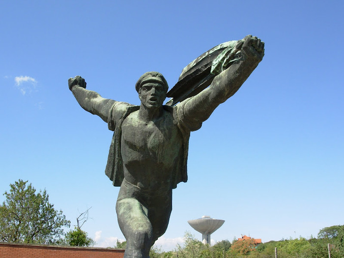 Памятники советского прошлого в Будапеште - Szoborpark 70690