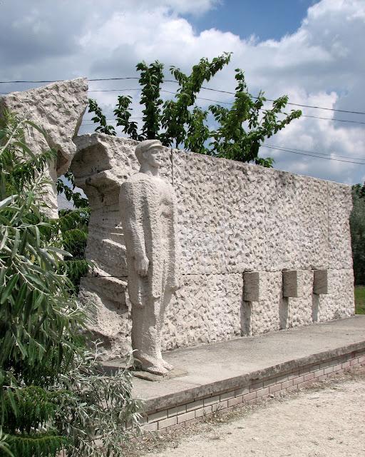 Памятники советского прошлого в Будапеште - Szoborpark 72853