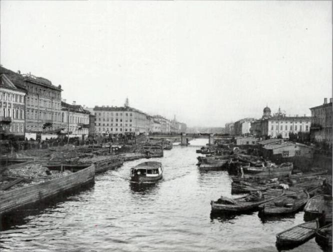 Перспектива реки Фонтанки от Симеоновского моста к Невскому проспекту.