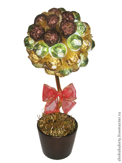 Как сделать топиарий из конфет  пошаговая 157