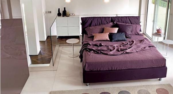 кровать-в-спальне