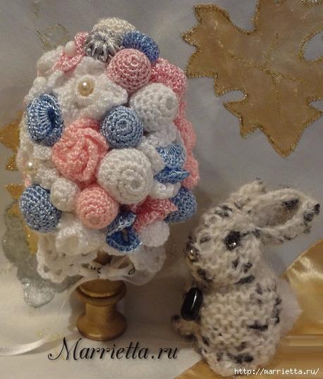 кролики и пасхальное яйцо в вязаных цветочках (10) (458x538, 179Kb)