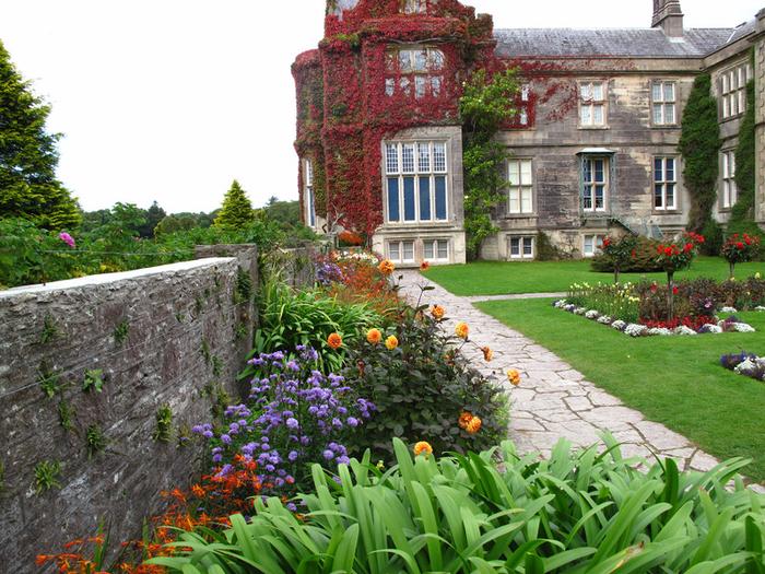 Сады Макросс (Muckross Gardens)2 (700x525, 587Kb)