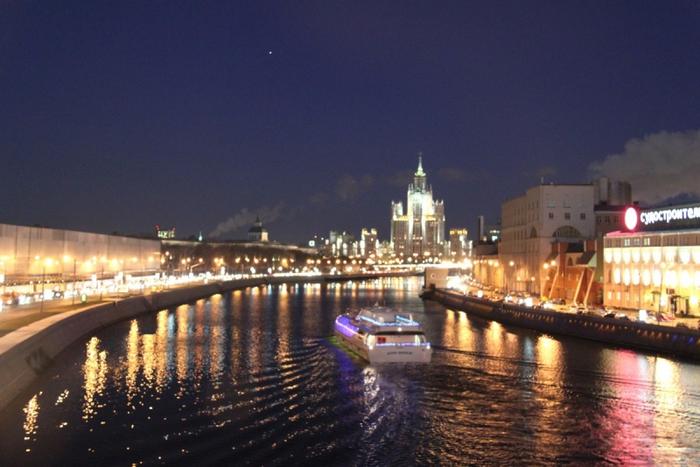 Москва вечерняя 3 (700x467, 341Kb)