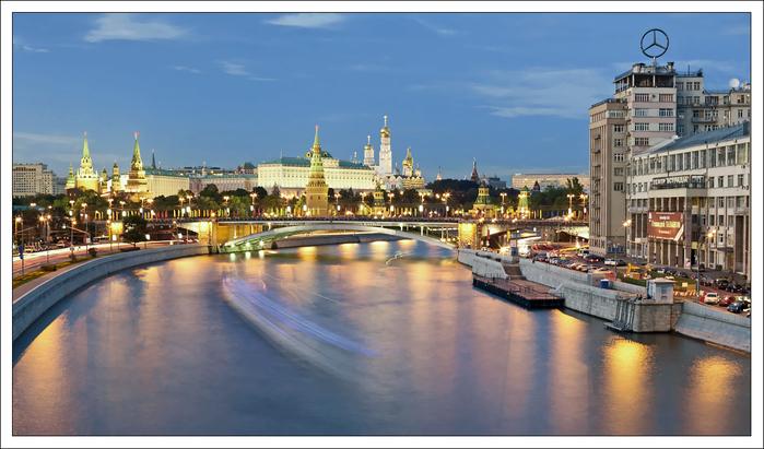 Москва вечерняя 24 (700x411, 324Kb)