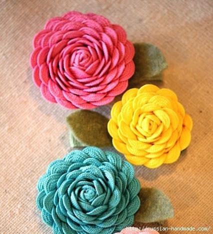 Украшаем заколку цветами из ленты зигзаг (2) (426x468, 152Kb)