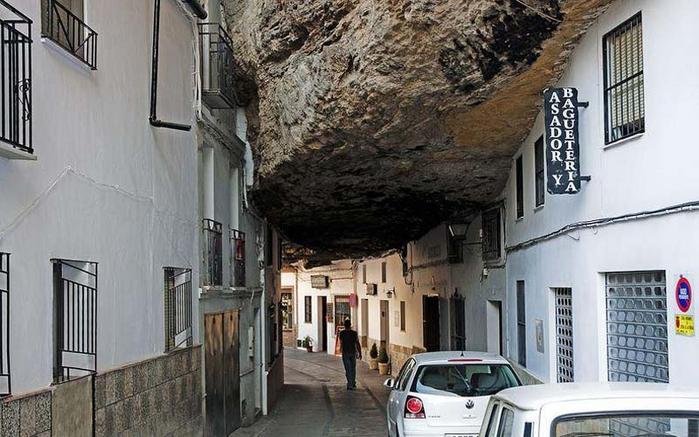Setenil-de-las-Bodegas-4 (700x437, 308Kb)