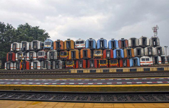железнодорожная станция Пурвакарта в Индонезии 1 (700x446, 268Kb)
