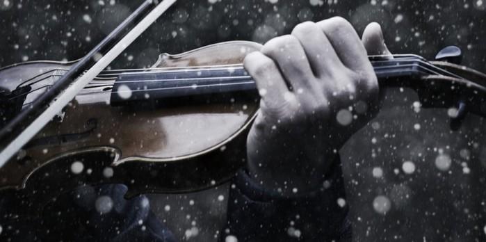 Violin_in_the_snow_II_by_v4lkyr (700x348, 56Kb)