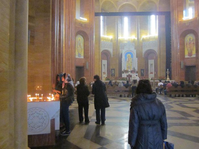 23 Армянский собор (700x525, 246Kb)