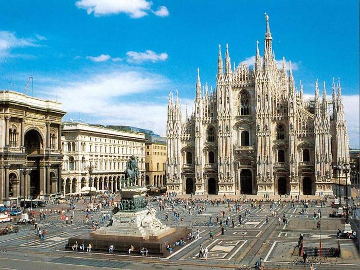 3. Миланский собор (700x525, 490Kb)