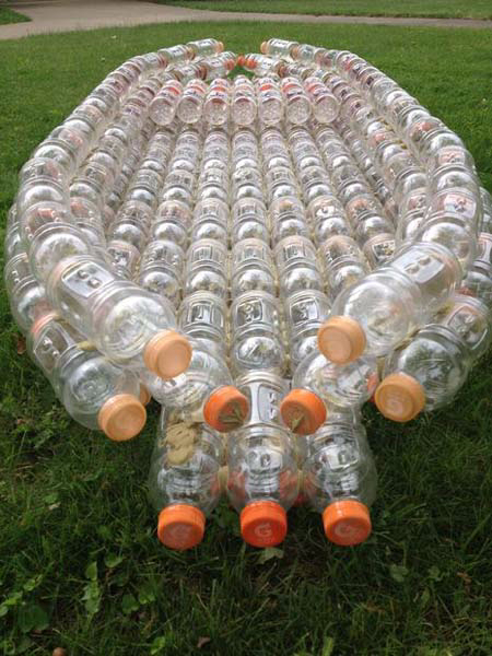 The-boat-out-of-plastic-bottles-10 (450x600, 279Kb)