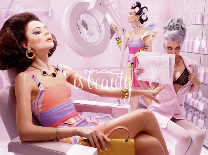 модная фотосессия MAC Cosmetics 3 (680x507, 394Kb)