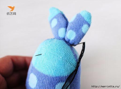 Забавные кролики из носков. Мастер-класс (12) (516x378, 77Kb)