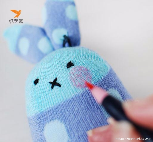 Забавные кролики из носков. Мастер-класс (15) (513x475, 101Kb)