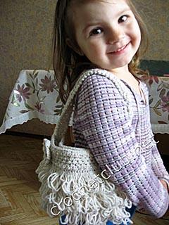 3409750_10_sumochka_iz_vyazanogo_meha_1 (240x320, 54Kb)