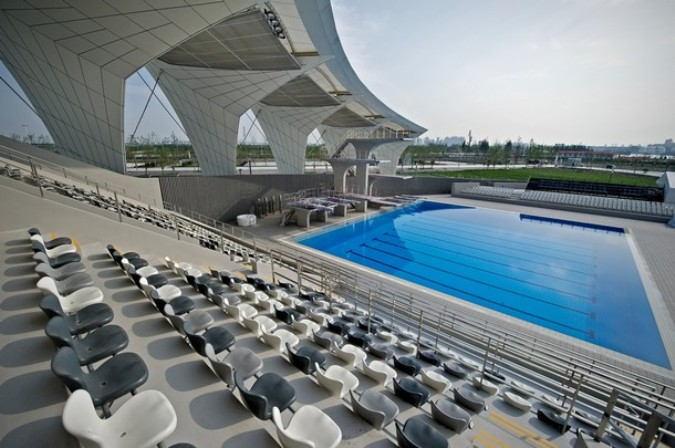 Здание бассейна, Шанхай, 30 мая 2011 года./2270477_990 (675x448, 95Kb)
