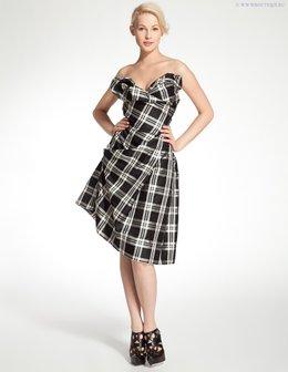 Хотите быть неотразимой,- носите платья Вивьен Вествуд