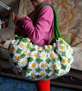Сумочки из бисера.  Часть 62. автор. источник.  Подборка сумок.